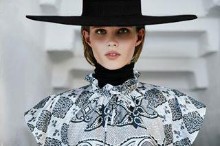 fashion samsoesamsoe fashionphotography thedarksideofthemoon