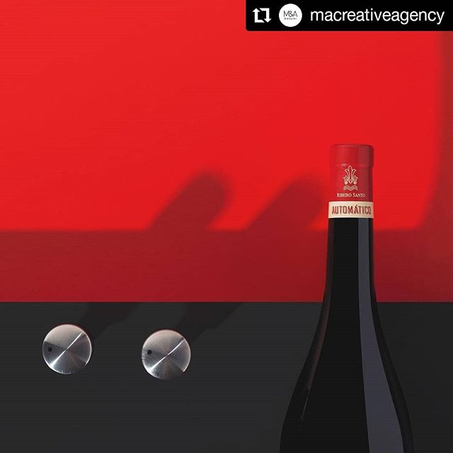 stilllife fotografia photography winephotography portugal fotografiadeestudio commercialphotography fotografiapublicitaria studiophotography repost wine productphotography stilllifephotography advertisingphotography vinhosdeportugal creativephoto stilllifephoto fotografiadevinhos macreativeagency portuguesewines