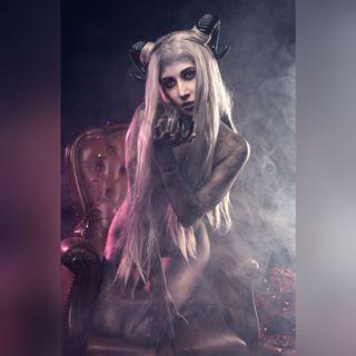 cosplayphotography merrychristmas cosplaygirl christmas glamour photographer cosplaygirls sexy photoshoot cosplayersexygirl nikon modella befeelphotos sexycosplay