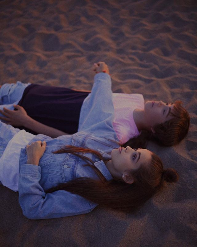 teenactor photoshoot kidsfashion teenactress lamodels kidseditorial modelkids spanishmodel pullandbear barcelona bertacastañe pullandbearcommunity moonlight photography barcelonamodels sagarvilanova