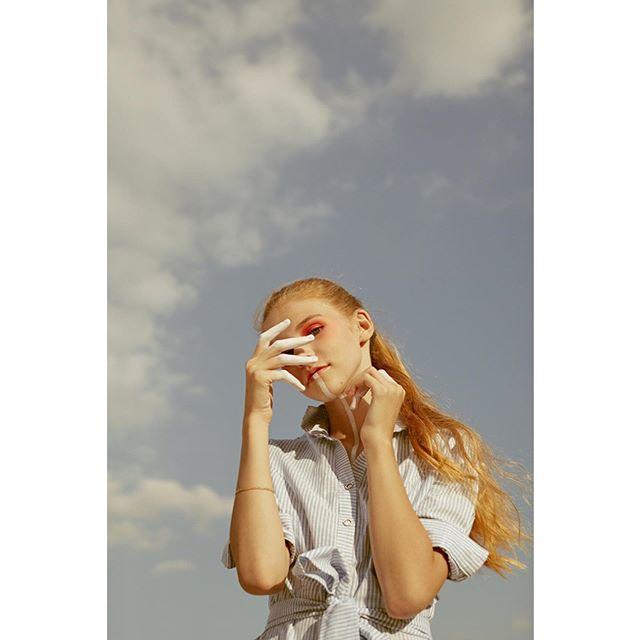editorial beautyphotography makeup female poetry beauty mua woman