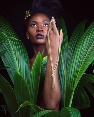fashion shooting beauty editorial model gold magazine jewellery luxury green