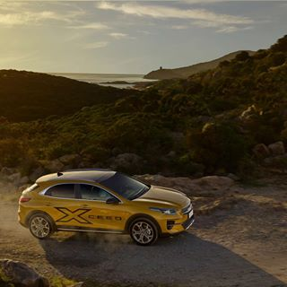 cars captureonepro phaseone kiaxceed carphotography automotive newkiaunveils