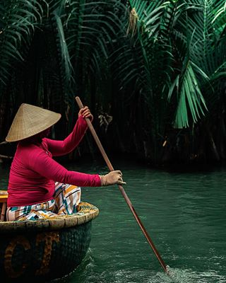 local boat vietnamnow canonphotography coconut travelphotography photography naturephotography people travel myvietnam canonglobal asia coconutboat vietnam nature beautiful visitvietnam canon hoian ecofriendly wanderlust