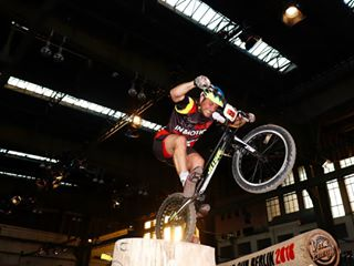 jump ucitrialswcberlin ucitrialswc ucitrials tempelhof stones hangar5 jitsietrials tmplhf trialbike jitsie sport section trialcupberlin ups bdr penaltypoints difficult ride competition urban worldcupberlin trialworldcup trialworldcupberlin ucitrialswcbln uci bike trial