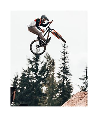 photography videolife photolife dopehammer dopevideo dopeshots freeride dirtlife rideordie dirtjumper bigbike whistler mtb slopestyle bikelife