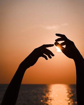 yallerscalabria handinthesky hand sunrise_shotz likescosenza sunset sunriseitaly sunrisecalabria summer sunriseshots sunrise_sunset_photogroup sunrise sunriseitalia sun yallersitalia italiansunrise igcosenza dawn orange sunrisesea sunriseitalian sunrisevillapiana sea sunriseoftheday shotcalabria bringmethesun igcalabria orangesky sunrise_pics takethesun