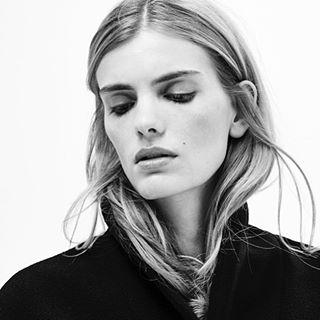 beauty celebrity editorial fashion lifestylephotography lookbook model mood