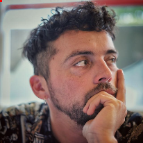 Avatar image of Photographer Luis Bustamante