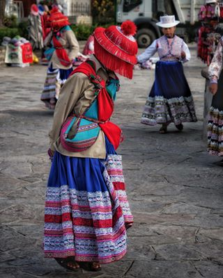 tourism travelphotography hike photographer peru peruvian southamerica traditional travel tripadvisor andes dance natgeotravel arequipa photo natgeo canyondecolca photooftheday people backpacking backpacker photography kids travelgram natgeoyourshot