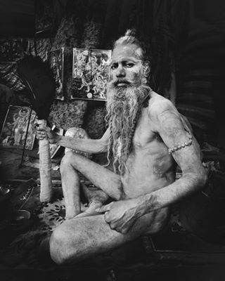 shutterisoaperture natgeocrative wpph2018 travelphotography natgeotravel storiesofindia lonelyplanet kumbhmela natgeo portrais_phototrip yourshot_india nationalgeographic discover_india travelphoto indianphotography india documentaryphotography sadhus discover_portrait natgeoyourshot humanity_shots gettyreportage indianphotos lonelyplanetindia portraitsfromtheworld travelexploring icredibleindia peoplephotography