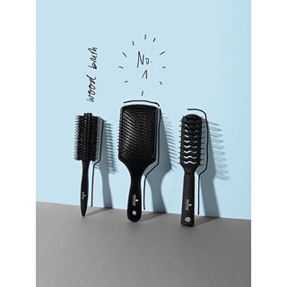 jacobreischel still black stillife schwarzkopfprofessional beauty brushes hair