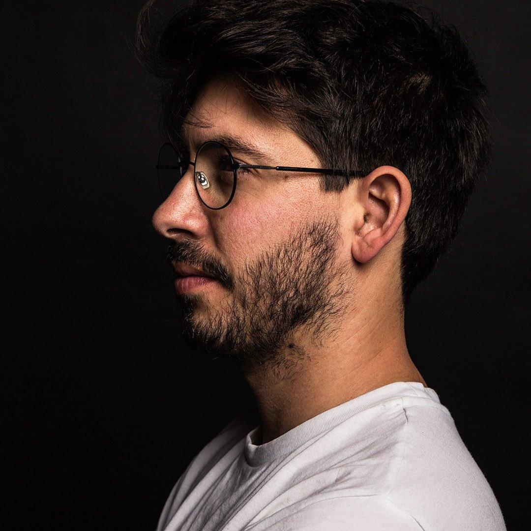 Avatar image of Photographer Omer  Levin