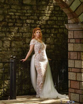sigmaphoto sigmaart artificiallight outdoor greekgirls weddingdress wedding gorgeous chic bride