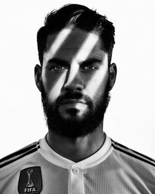 threestripes lighting scroll realmadrid isco football adidas photooftheday luchovidales portrait
