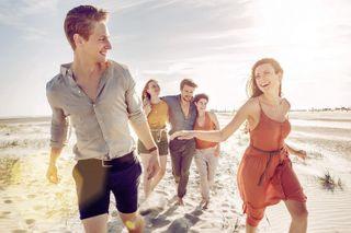 emotion friends stpeterording sanktpeterording commercial commercialphotography letspretendtobefriends people models groupshoot fun sun beach