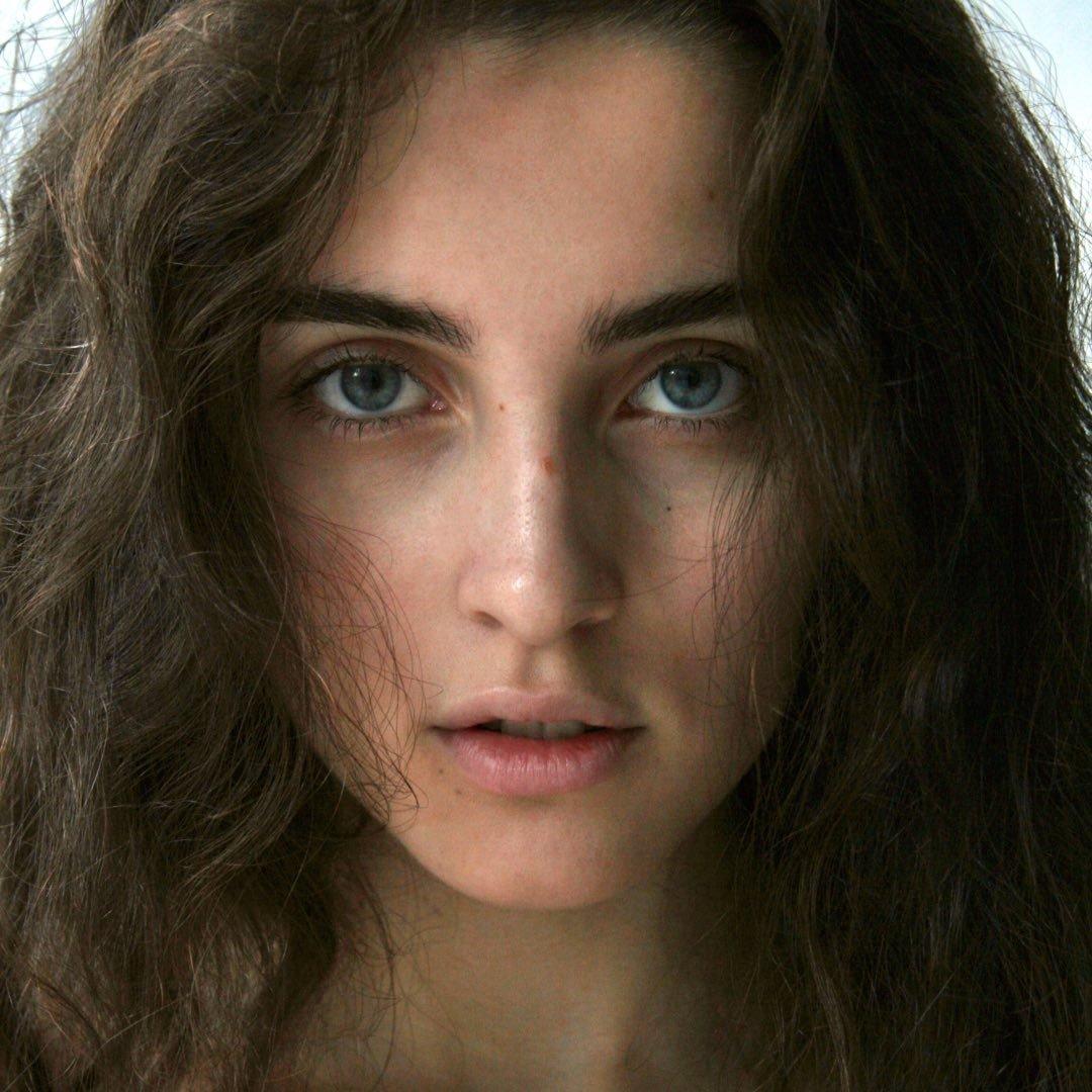 Avatar image of Model Saphina Mukha