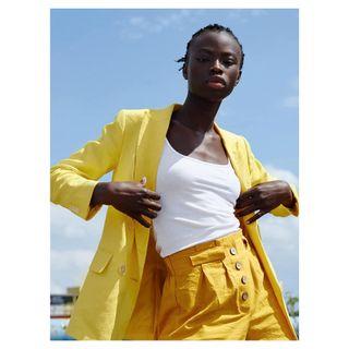 africanbeauty allcolorsarebeautiful availablelightphotography beauty beautyshot colorblocking darkskin fashionphotography fashionportrait fashionshoot loveallcolors mirjazentgraf modelshoot modeltest nomakeup portrait pose purelook retouching sunlightphotography