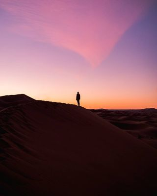 sunriseoftheday sunrise_sunset_photogroup explorecreate visualambassadors visualsofearth visualsoflife sonyalpha africa travel photography photographer photogrid photooftheday sony sunrisephotography sunset sun sunrise marrakesh saharadesert merzouga desert sahara marroco