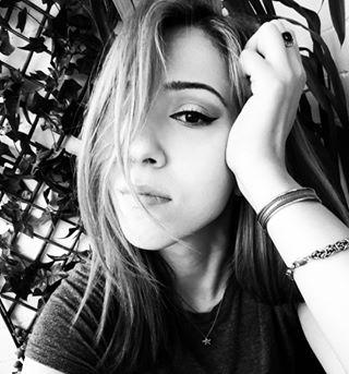 instagirl instadaily beauty instapeople instacommunity beautiful selfitime blackandwhitephotography instagramhub likes makeup instagood blackandwhite photography instagramer blackisbeautiful pretty me selfie doubletap likealways girl peopleofinstagram igcommunity instalike follow rayban