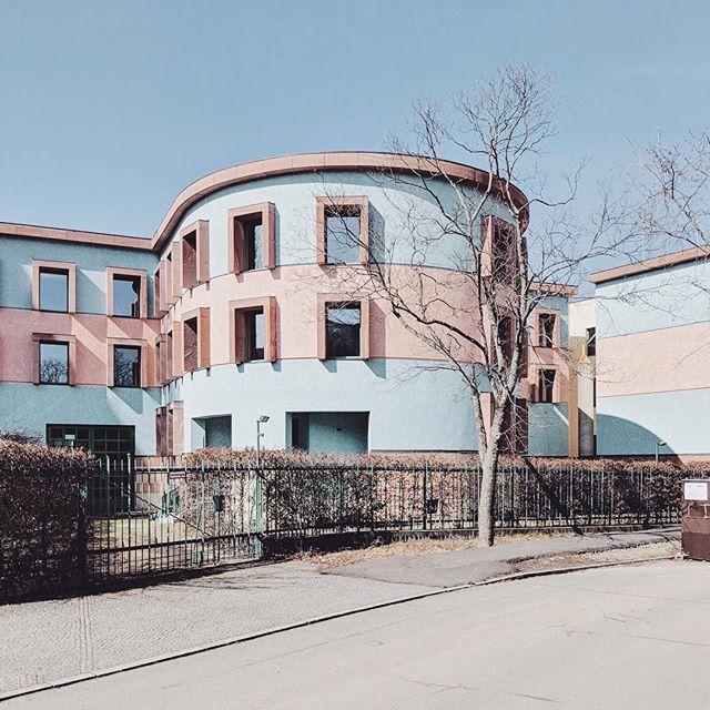 accidentallywesanderson jamesstirling modernarchitecture visit_berlin