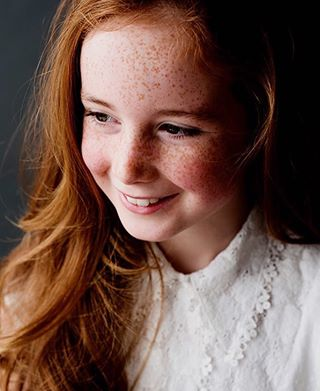 lookslikefilmkids timeless redhead portretfotografie fineart redhair lieselotbooij endearing happy portraitphotography authentic kidsphotography beautiful naturallight dutch charming pure kinderfotografie teengirl lookslikefilm portrait kidsfashion