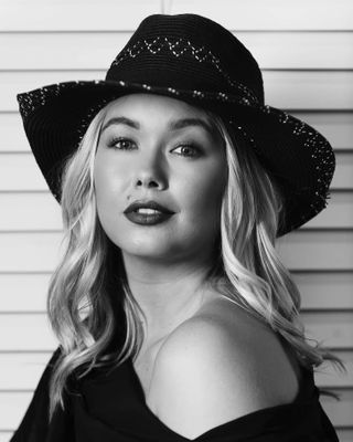 blackandwhiteportraiture blackandwhiteportraitphotography monochromeportrait blondemodel blackandwhiteportrait portraitoftheday portrait_ig blondegirl portraits_ig portrait_shots portraitphotographer portrait_perfection portraiture portraits blondehair portraitphotography portrait
