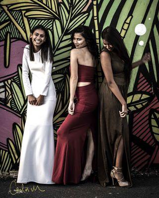 graffiti mural fashionblogger canon laugh fashion dress justgoshoot canon700d canonphotography wallart ishootwithorms loveit ishootwithcanon laughter fashionshoot lovemyjob fashionphotographer laughing