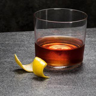 cocktails delcious drink cheer bars happyhour whiskey mixitup bourbon sazeracrye yummy recipes sazerac holidayparty