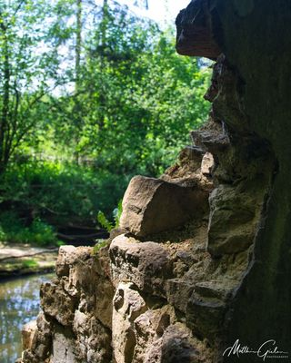 CrumblingWall Nikon NikonD5100 Photologo River