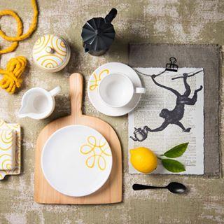 keramik gelb styling stilllife keramk monkey yellow stills gmundnerkeramik photography bestesteam affe shooting nofood ceramics heimspiel