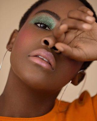donnamcgowan beautyportrait arcadiaonline softlight greeneyes beautyeditorial glasgowphotographer naturalretouch skinretouch beautyphotography beauty