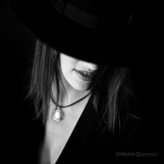 beauty beautyphotographer beautyportrait blackandwhite dream mystery portraiphotographer portrait portraitphotography