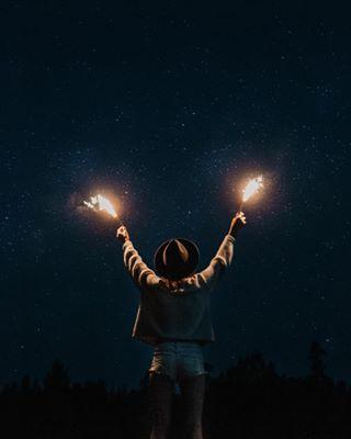 summernights sparklers photography nightphotography