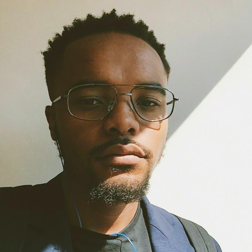 Avatar image of Photographer Bruce  Mazibuko