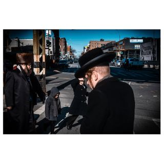 fujifilm fujifilmxt3 fujifilmz newyork nyc brooklyn williamsburg streetphotographerscommunity thestreetphotographyhub urbanstreetphotogallery streetphotography capturestreets fromstreetwithlove ourstreets
