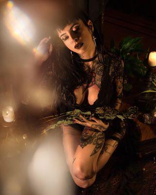 witchesofinstagram tattooedmodel prism phillymodels pdxmodels lamodels invocationart denvermodels cassandrapanek bettiepagan