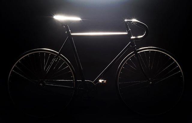 singlespeed productphotography commuterchallenge whatsinmybag transportationalternatives cliffbar