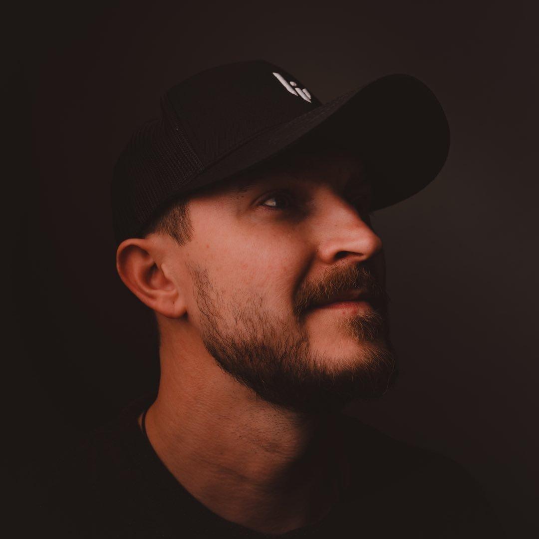 Avatar image of Photographer Olli Hätälä