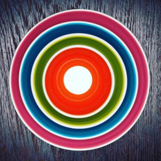 contemporaryart artphotography heikohellwig roundabout limitededition fineart kunst stilllife contemporary plate photographer art gallerie kitchen gallerywall color gallery blue central artphoto circles circle