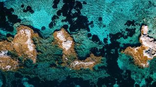 photography droneoftheday dronepilot dronegear alicante quadcopter textures djiglobal landscapephotography landscape natgeotraveller natgeo discoverearth djimavic djimavic2zoom aerialsilks dronegram djiphantom4 dji dronephotography dronestagram drones drone wallpaper color contrast calpe mar sea