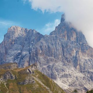 summervacation hiking mountains dolomites travel italy