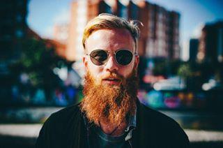 beardstyle hipsterbeard hotboys portrait noahmauloa bokeh portraiture portraitphotography malaga sun shades bravoportraits hot portr