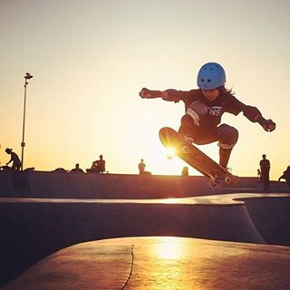 skateboard vans venicebeach sandrasteh ocean visitcalifornia rbi19submission skateordie skatekids skateeverydamnday ontheroad skateboarding neverstopexploring skate skatepark dogtownandzboys venice skatelife sandisk redbullillume