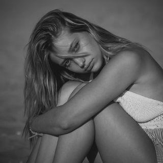 ambreduchatel lifestyle model photography shooting plage