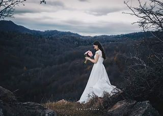afterwedding blue bride dress flowers happy inlove mountains nature outdoor romania romanianwedding silence sky wedding weddingday weddingphotographer weddingphotography white woman young
