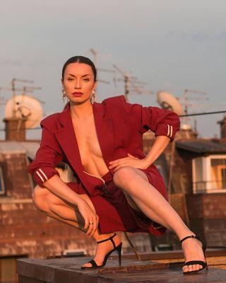 budoirphotography naked nude somewheremagazine editorialphotography fashionphotography goldenhourphotography modelsofinstagram retro fashionvintage dreamermagazine subjectivelyobjective hurtlamb photoshoot