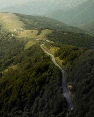 yourshotphotographer vijuga srbijauslikama vidisrbiju nikonsrbija nikon hill green road mountain landscape landscapephotography