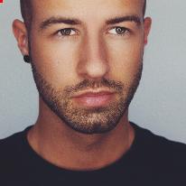 Avatar image of Photographer Moritz Eisenschmidt