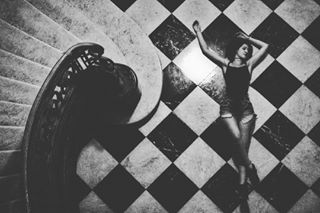 model vogue canon magazine checkered queen stairs chess photooftheday blackandwhite vej checkmate photography